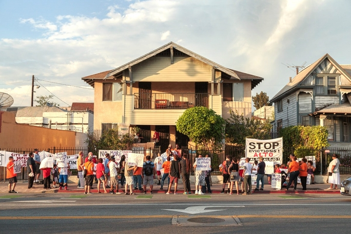 East Side Local Chapter of LA Tenants Union and Union de Vecinos Action in Boyle Heights, Los Angeles, 2016 (photo by Timo Saarelma)